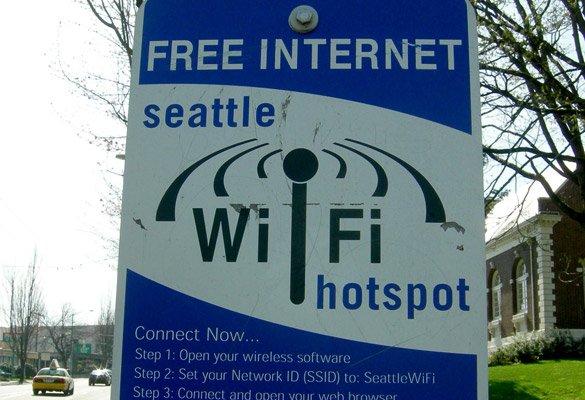 Google transforme les cabines téléphoniques en bornes wifi